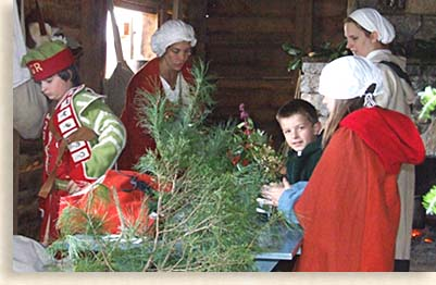 Preparing for Christmas at Fort Loudoun