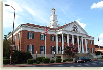 Athen Tennessee courthouse